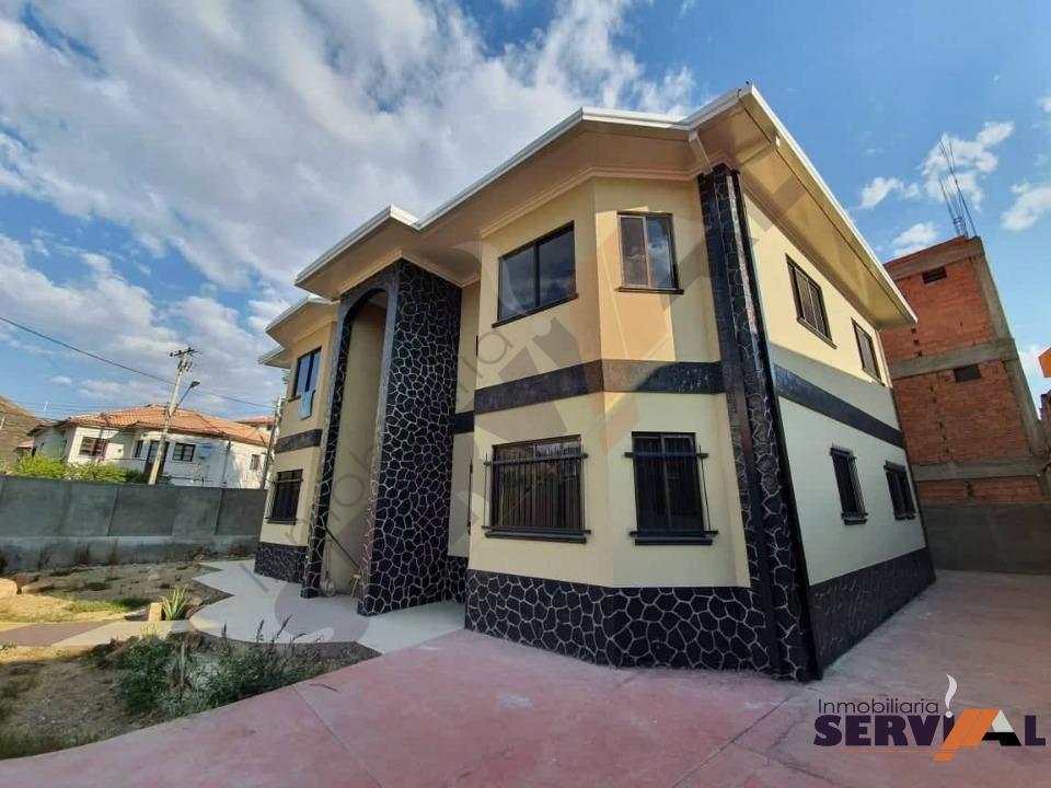 2-thumbnail-sobre-avenida-casa-2-plantas-arce