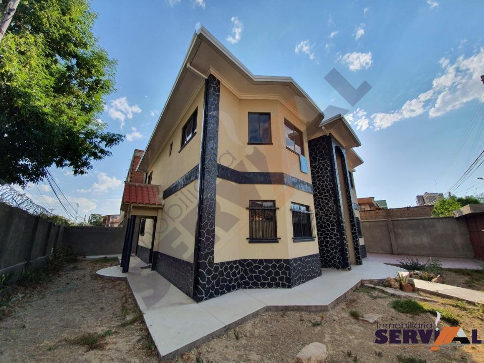 13-thumbnail-sobre-avenida-casa-2-plantas-arce