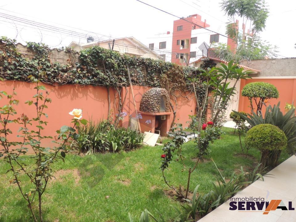 3-thumbnail-bonita-casa-de-2-plantas-puente-huayna-kapac