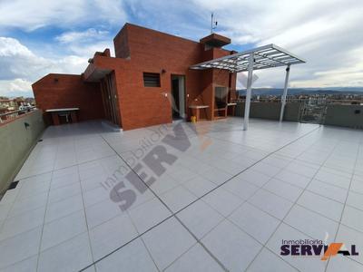 hermoso-penthouse-sobre-268m2inmediaciones-stadium-felix-capriles