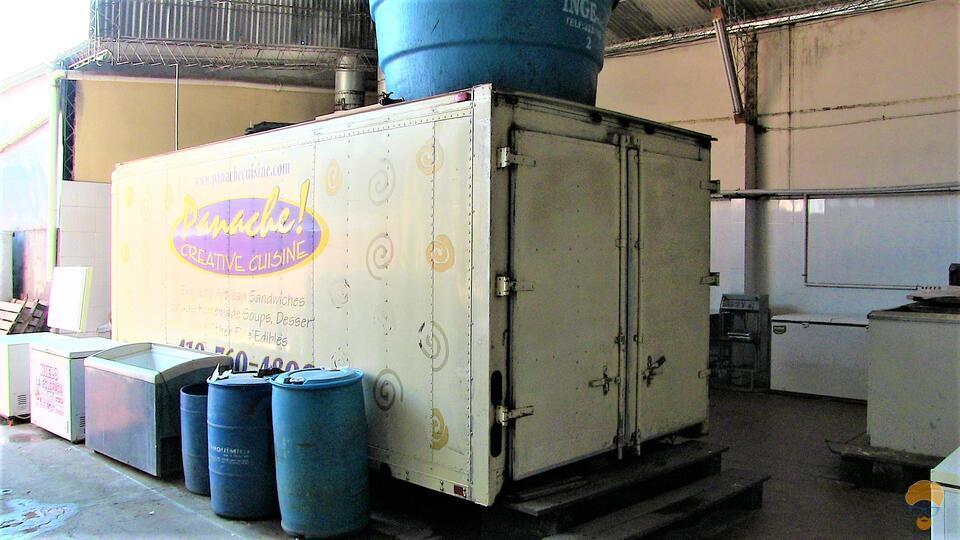 2-thumbnail-fabrica-de-hielo-160000