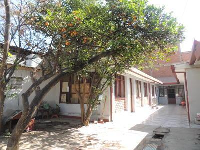 vendo-casa-sobre-336-mts-inmediaciones-tadeo-haenke-y-melchor-perez